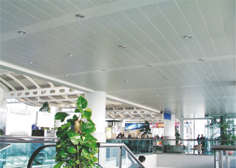 Open interior suspended Aluminium Strip Ceiling B - shaped , Plank Linear Metal Ceiling